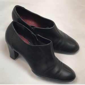 What's What by Aerosoles Leather Booties Size 7.5